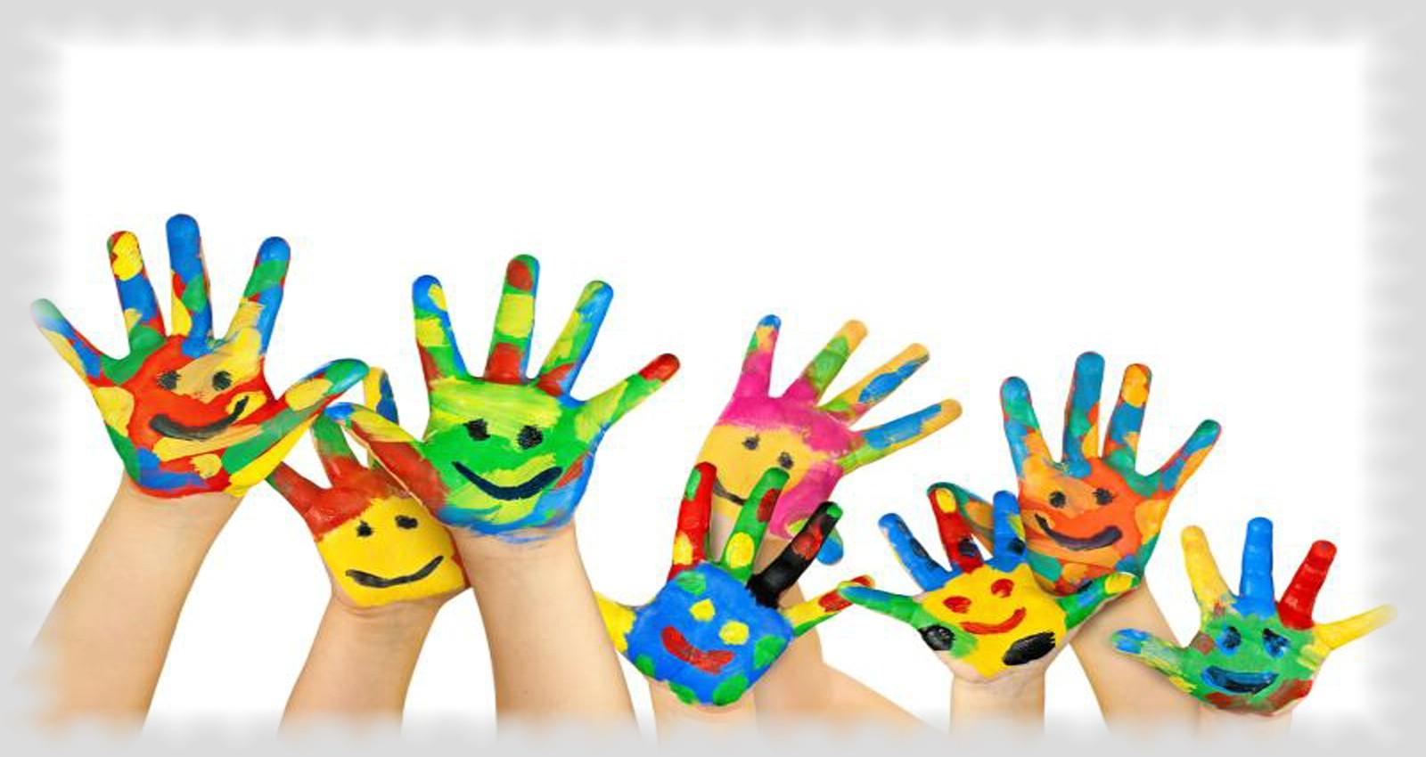 Στόχος μας είναι τα παιδιά να μαθαίνουν μέσα από το παιχνίδι και τη χαρά